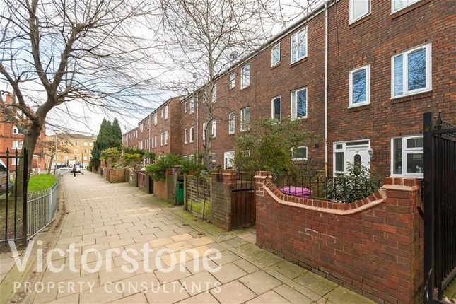 Thumbnail Terraced house to rent in Monthope Road, Aldgate, London