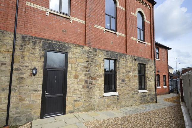 Thumbnail Flat to rent in Oswald Row, Beatrice Street, Oswestry