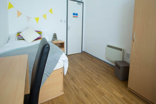 Flat to rent in Alexandra Halls, Victoria Terrace, Aberystwyth