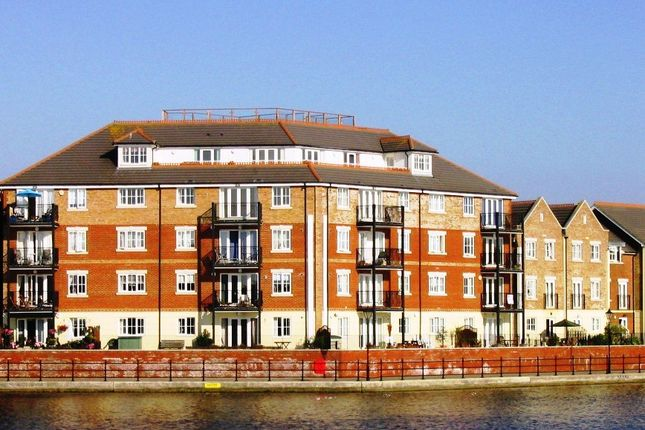Thumbnail Flat to rent in Harbour View, Long Beach View, Eastbourne