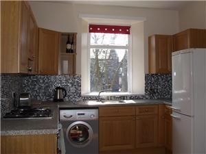 Thumbnail Flat to rent in Chattan Place, Aberdeen