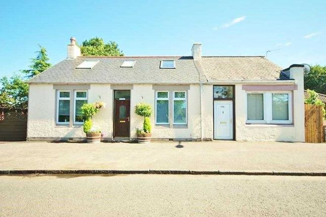 Thumbnail Bungalow for sale in Main Street, Stoneyburn, Bathgate