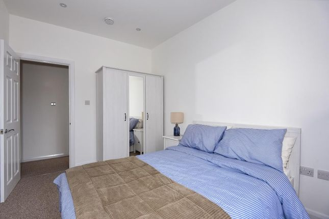 Bedrooms of Newbury, Berkshire RG14