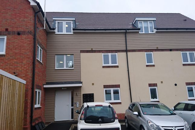 Thumbnail Flat to rent in Edison Drive, Rugby