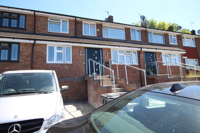 Thumbnail Terraced house to rent in Bushey Close, High Wycombe