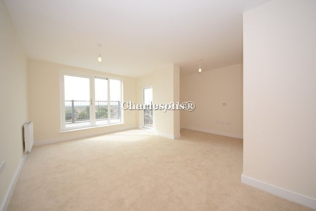 Flat to rent in Charlotte Court, Clarence Avenue, Ilford