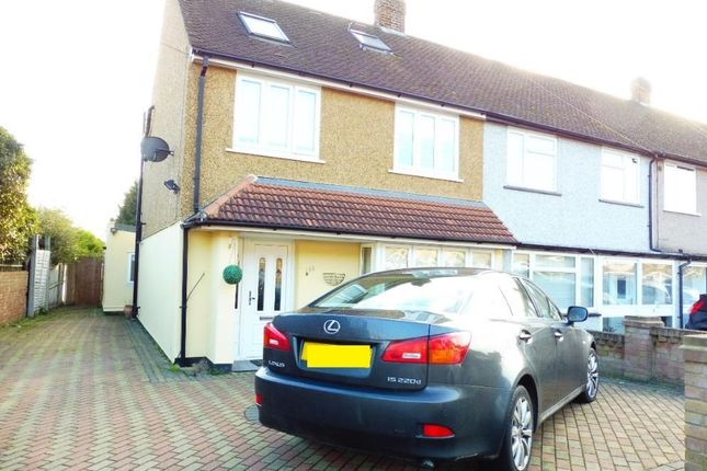 Thumbnail Property to rent in St. Andrews Avenue, Hornchurch