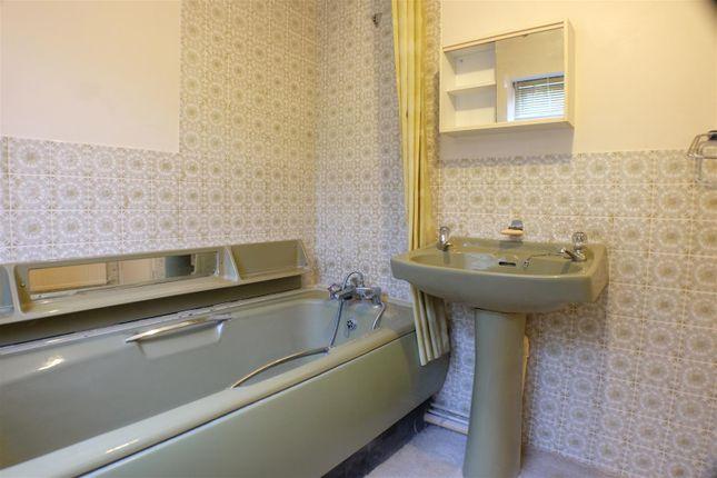 Bathroom of Jersey Road, Bonymaen, Swansea SA1