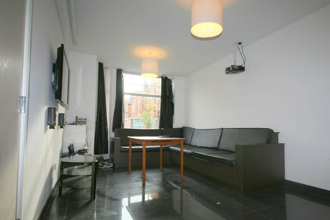 Thumbnail Terraced house to rent in Monica Grove, 7 Bed, Manchester