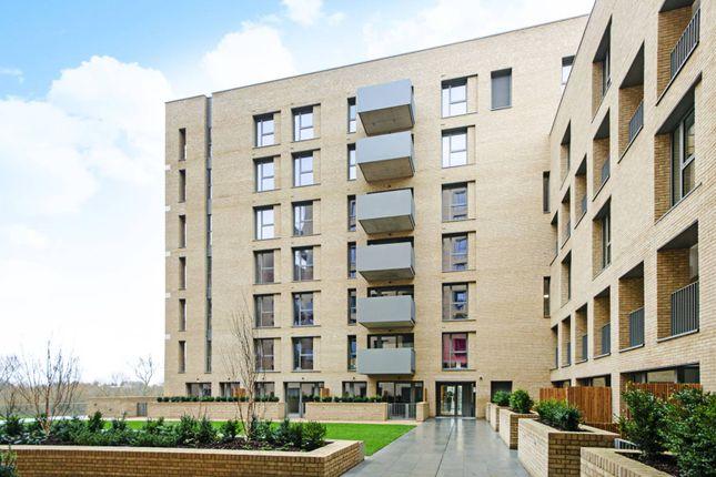 Thumbnail Flat to rent in Moorhen Drive, Hendon