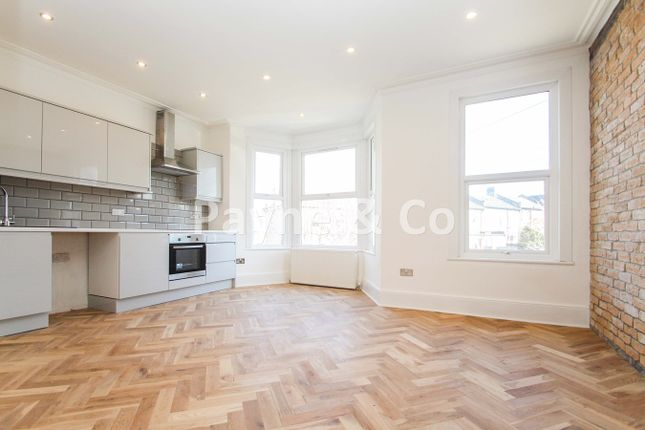 Thumbnail Flat for sale in Northbrook Road, Ilford