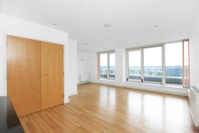 Thumbnail Flat to rent in Adriatic Apartments, Western Gateway, London