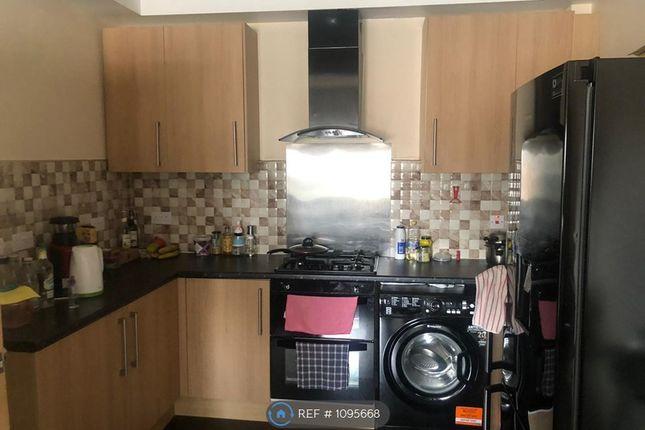 Flat to rent in Great Horton Road, Bradford