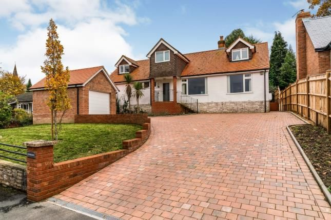 Thumbnail Detached house for sale in Knightwood Close, Lyndhurst
