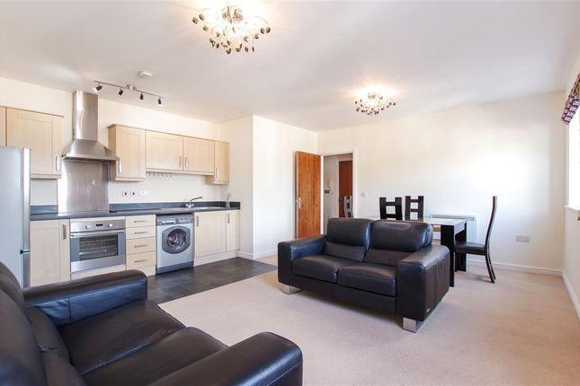 Thumbnail Flat to rent in Clayton Drive, Pontarddulais, Swansea