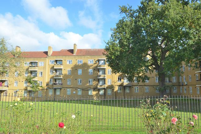 Thumbnail Flat to rent in Lyall Avenue, London