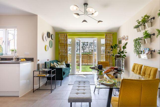 3 bedroom semi-detached house for sale in St George's Road, Badshot Lea