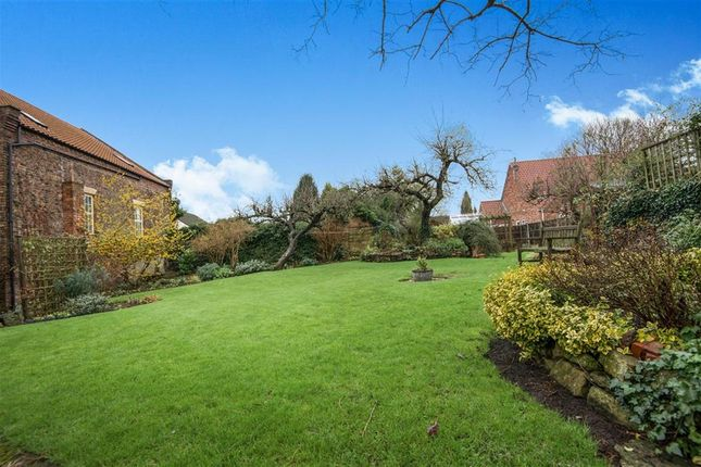Thumbnail End terrace house for sale in High Street, Scotter, Gainsborough