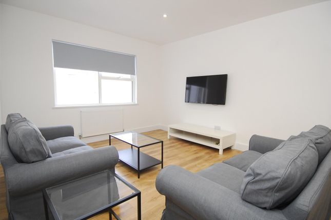 Thumbnail Flat to rent in Old Town Street, Plymouth