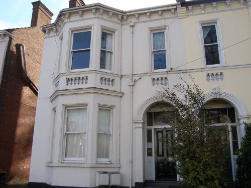 Thumbnail Semi-detached house to rent in Avenue Road, Leamington Spa
