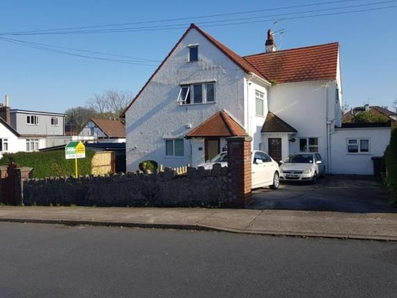 Thumbnail Flat for sale in Preston, Paignton, Devon