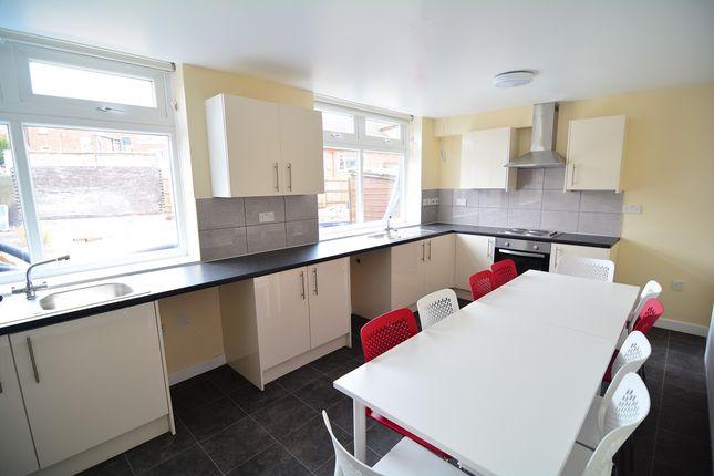 Kitchen of Livingston Road, Birmingham B20