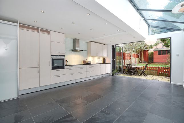 Thumbnail Terraced house for sale in Orchard Road, Highgate N6, London
