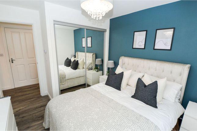Bedroom of School Avenue, Basildon SS15
