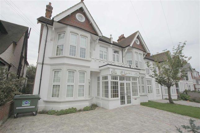 Thumbnail Property to rent in Pembury Road, Westcliff On Sea, Essex