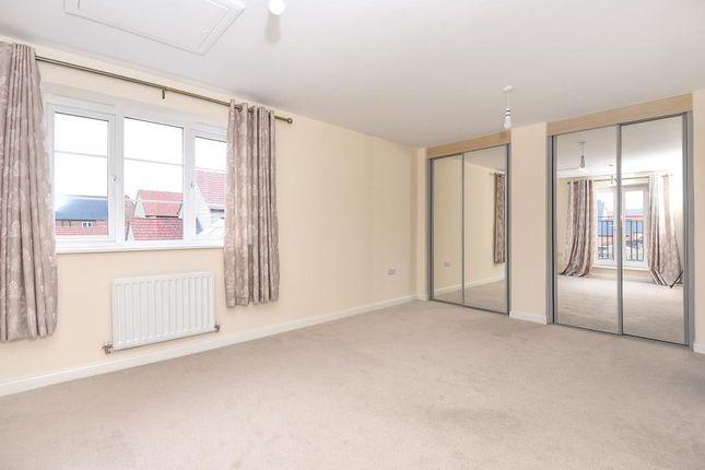 Bedroom of Kingsmere, Bicester OX26