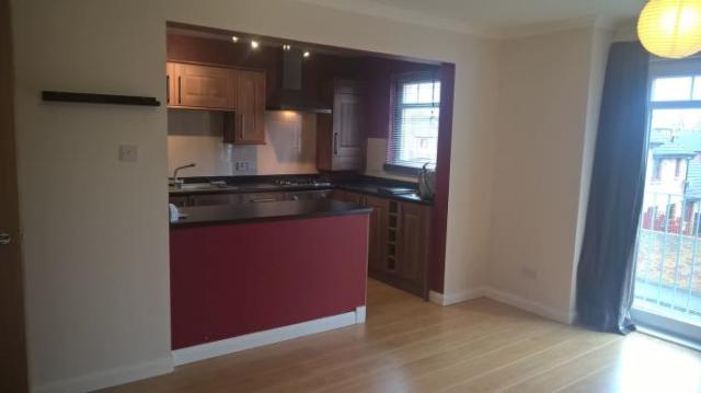 Thumbnail Flat to rent in 2C Meldrum Court, Kirkcaldy