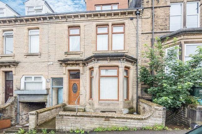 Thumbnail Terraced house for sale in Devonshire Street, Keighley