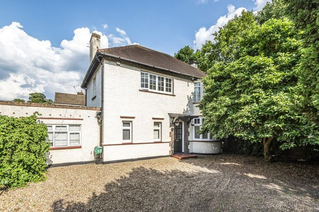 Thumbnail Detached house for sale in Lower Sunbury, Middlesex