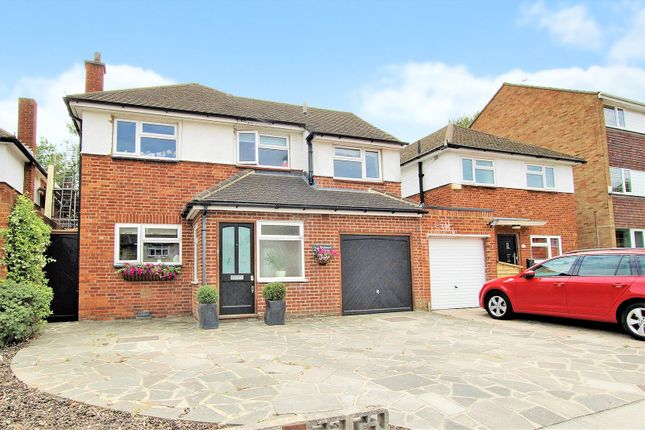 Thumbnail Detached house for sale in Birchwood Avenue, Sidcup, Kent