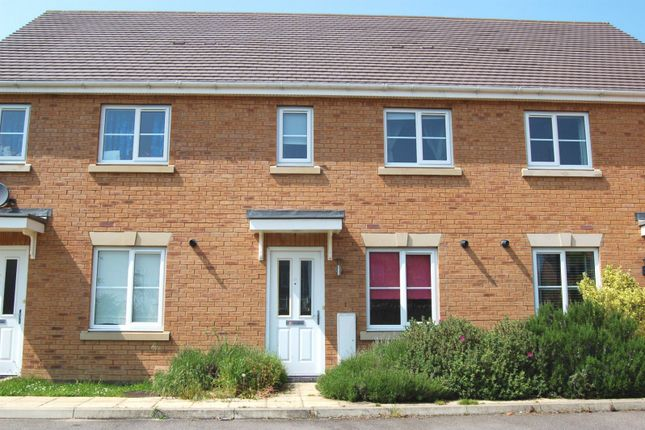 Thumbnail Property to rent in Whitechurch Close, Stone