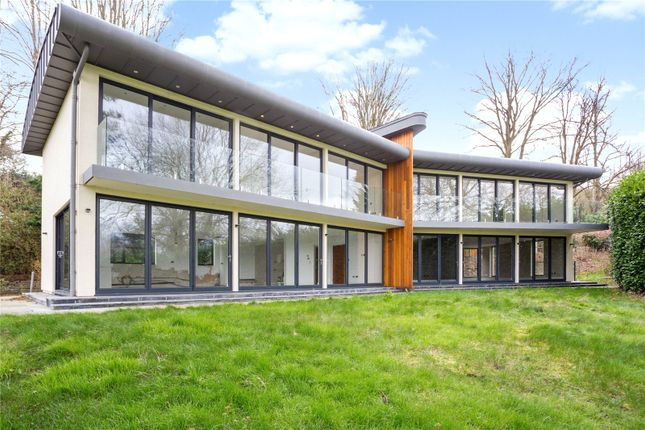 Thumbnail Detached house for sale in Stonehouse Lane, Cookham, Maidenhead