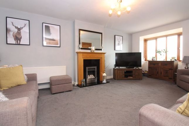 Lounge of Melbourne Close, Kingswinford DY6