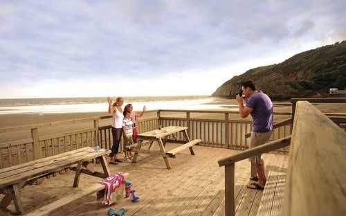 Directions : of Parkdean Resorts, Pendine Sands Holiday Park, Marsh Road, Carmarthen SA33
