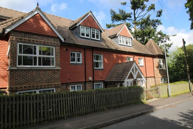 Thumbnail Flat for sale in Ghyll Road, Crowborough