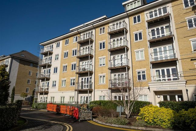 Thumbnail Flat to rent in 33 Park Lodge Avenue, West Drayton
