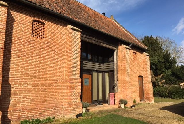 Thumbnail Barn conversion to rent in Dunston Common, Norwich