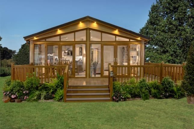 Thumbnail Mobile/park home for sale in The Warren Golf & Country Club, Woodham Walter, Essex