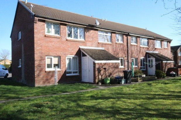Thumbnail Flat to rent in Carice Gardens, Clevedon