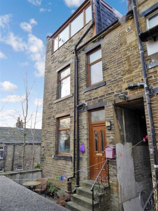 Thumbnail Property to rent in Rycroft Street, Shipley