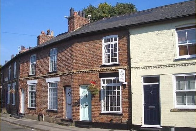 Thumbnail Terraced house to rent in Stanley Road, Knutsford