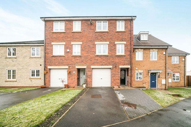 Thumbnail Property for sale in Fox Dene View, Greenside, Ryton