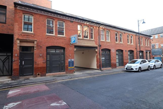 Thumbnail Flat to rent in Queen Street, Leicester, Leicestershire