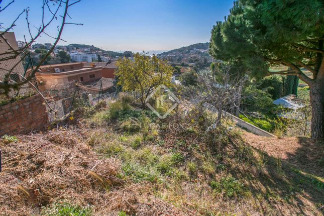 Thumbnail Land for sale in Spain, Barcelona North Coast (Maresme), Tiana / Mas Ram, Mrs8810