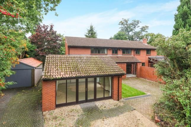 Thumbnail Detached house for sale in Green Bank, Handbridge, Chester, Cheshire