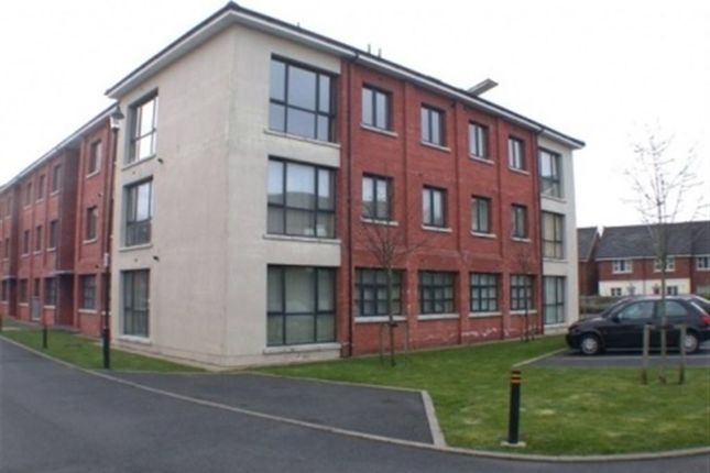 Thumbnail Flat to rent in Old Bakers Court, Ravenhill, Belfast